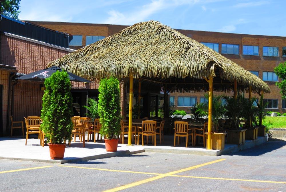21-opt-Capri-Restaurant-Montreal,-Canada